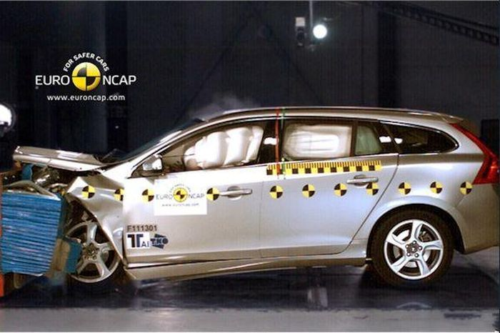 Самые безопасные машины года по EuroNCAP (5 фото)