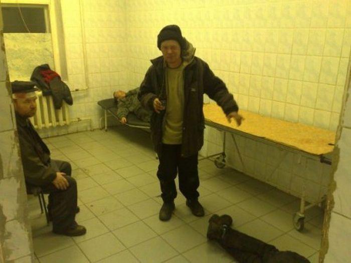 Вытрезвитель одной городской больницы (24 фото)