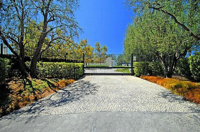 Новый особняк Дженнифер Энистон стоимостью 21 000 000$ (44 фото)