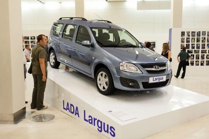 Продажи новой Lada Largus начнутся летом 2012 года (24 фото)
