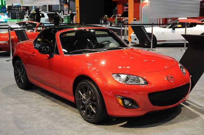 Компания Mazda представила MX-5 Miata Special Edition (15 фото)