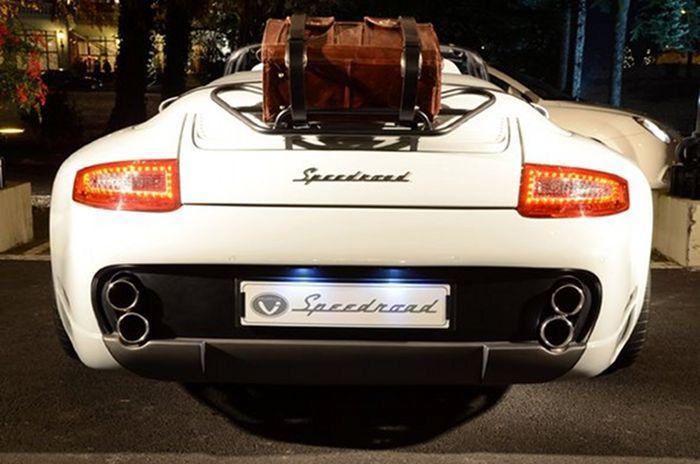 Ателье Delavilla переработала Porsche 997 Speedster (5 фото)