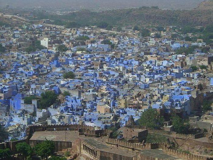 Голубой город (9 фото)