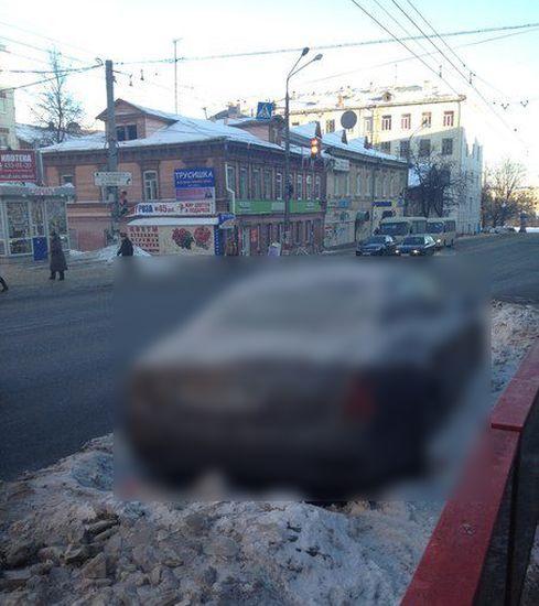 Нижегородский Мазер потерялся в Москве (4 фото)