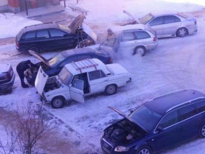Подборка неудачников и смешных ситуаций на дороге (45 фото)
