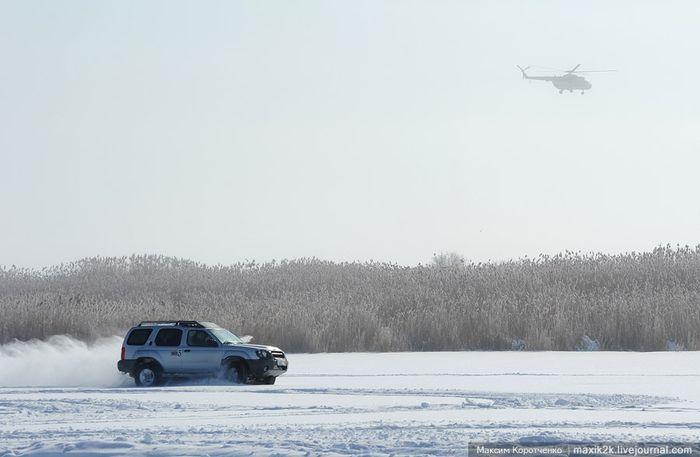 Под Астраханью прошли автогонки для настоящих мужчин (14 фото+видео)