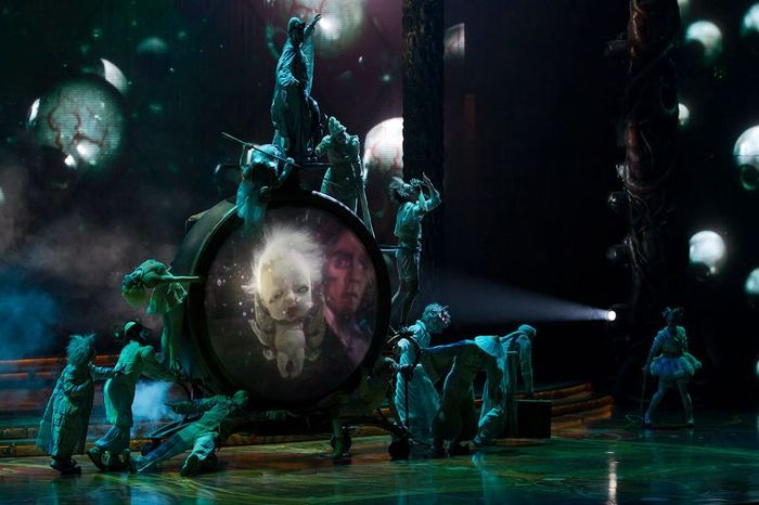 Cirque du Soleil в Кремле (44 фото + 1 видео)