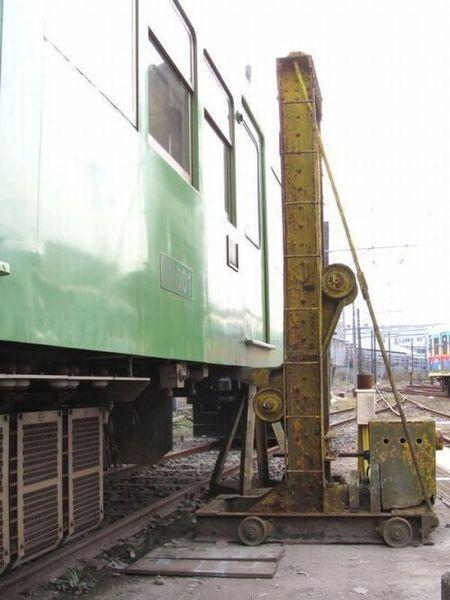 Не садись на унитаз в китайском поезде (5 фото)