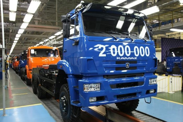 КамАЗ выпустил 2 000 000-й грузовик (25 фото)