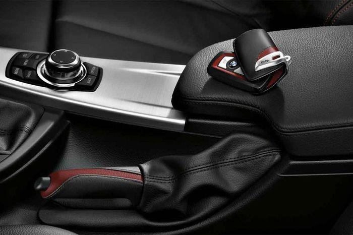 Спортивные аксессуары M Performance от компании BMW (13 фото)