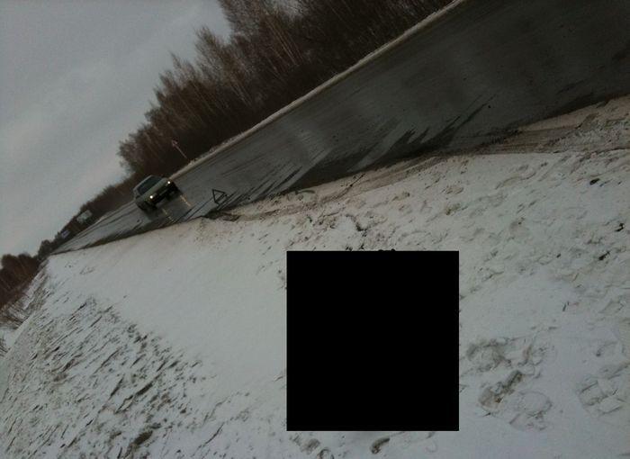 Неожиданное препятствие на дороге послужило серьезным неисправностям (7 фото)