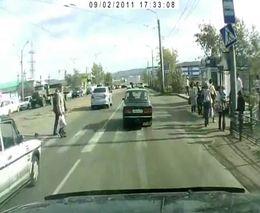 Необычное столкновение на дороге