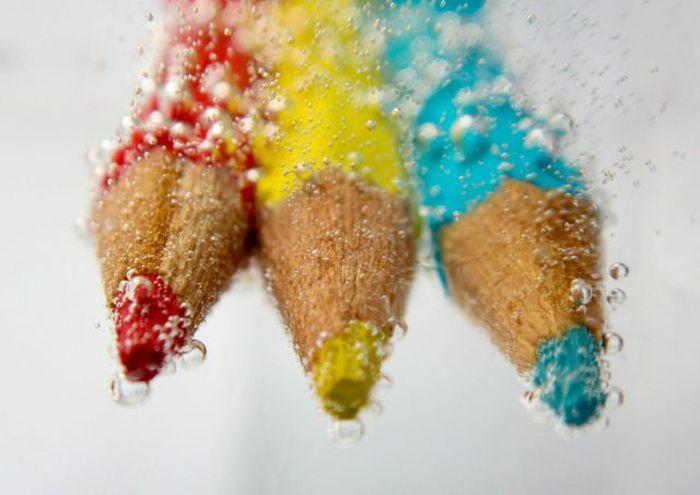 Фото карандаши, макросъёмка, под водой