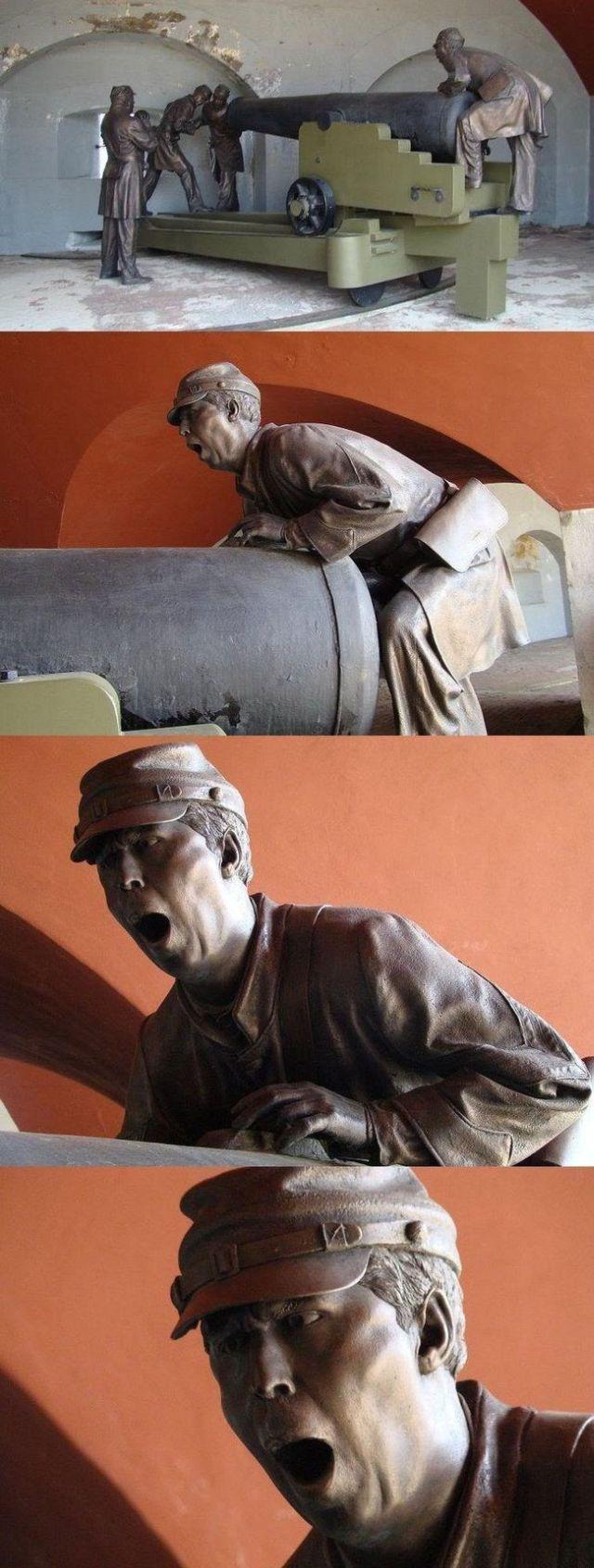 Прикольные фото выражение лица, изваяние, литье, пушка, скульптура