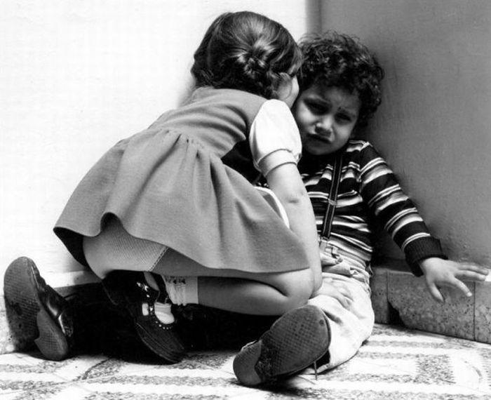 Улетное фото девочка и мальчик, пара, прикол, черно-белая