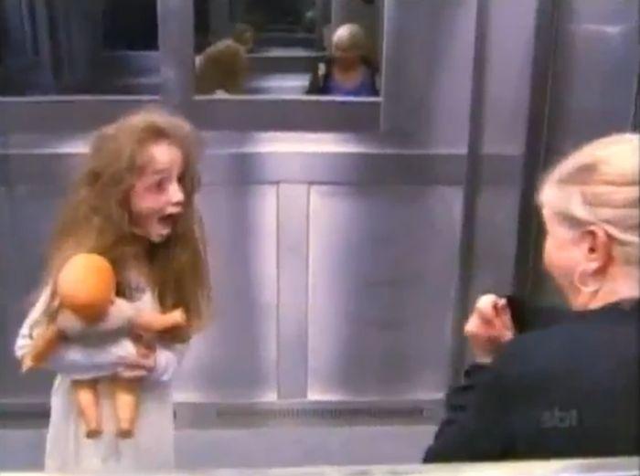 лифт, драка, звонок, девочка, розыгрыш