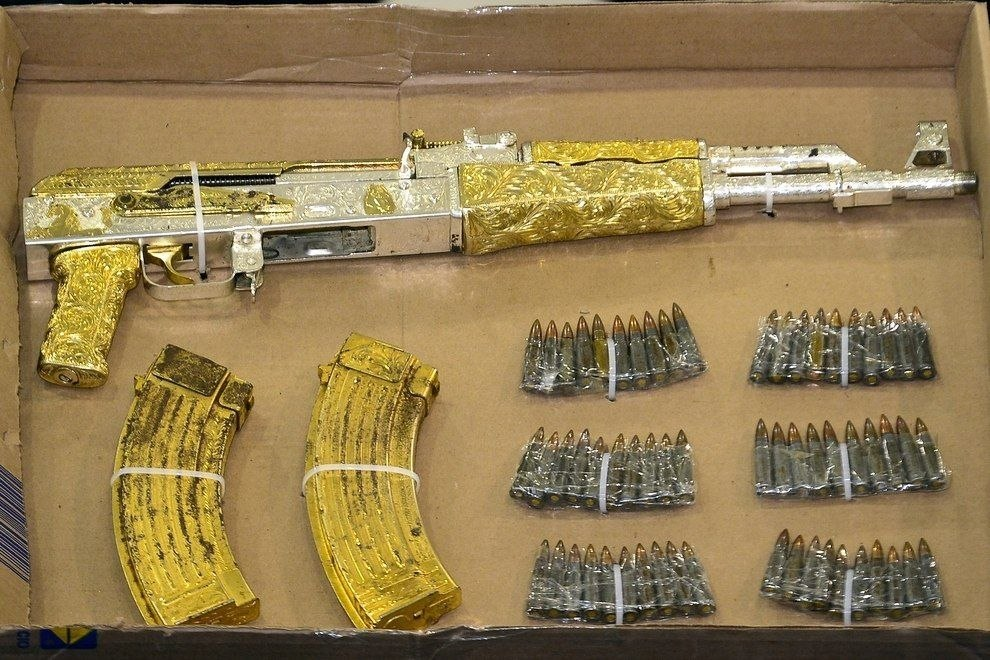 Смешные рисунки автомат, ак-47, гэнста, золотой, калаш, мажор, оружие