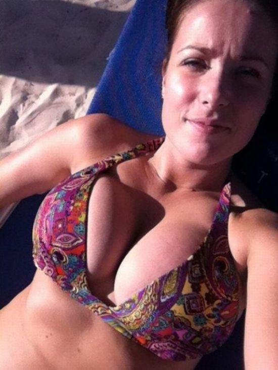 Сексуальные девушки с внушительным размером груди (59 fotos)