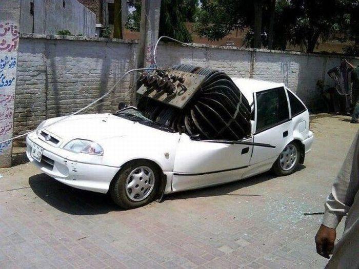 Зачетное фото honda, разбили авто, трансформатор, упала на машину