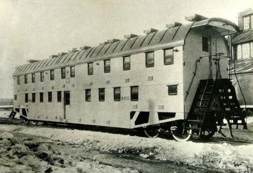 Первые двухэтажные вагоны