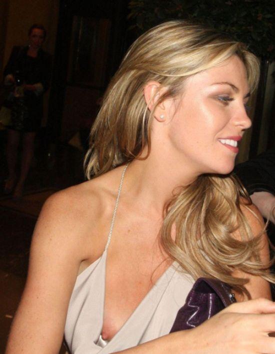 Засветы знаменитых девушек (47 fotos)