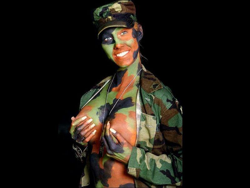 Видео сексуальные девушки в военной форме фото 553-916