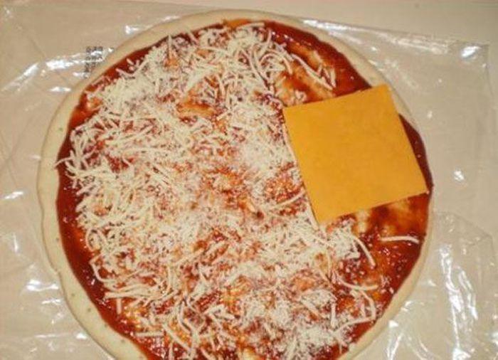 Смешные рисунки вкуснятина, кусок сыра, пицца, полуфабрикат