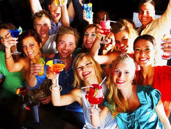 Подростки разнесли дорогой особняк, узнав о вечеринке через Facebook