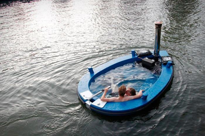 Фото онлайн бассейн, в воде, влюбленная пара, джакузи