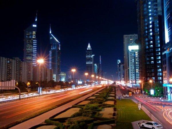 Дубаи ночью (7 фото)