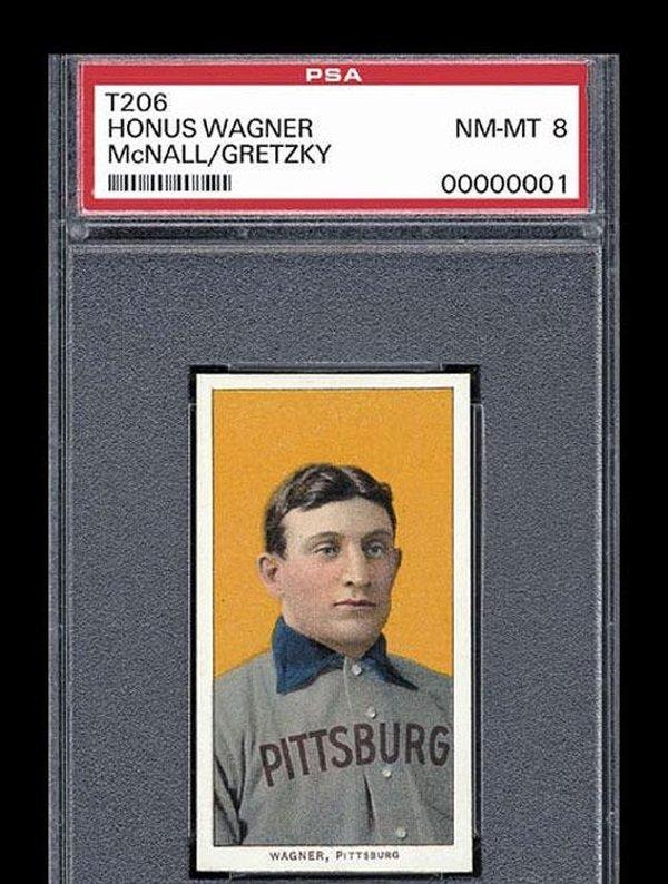 Бейсбольные карточки - популярный объект коллекционирования в США, Канаде и Японии. Карточка