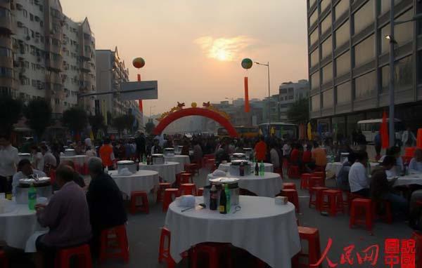 Банкет в Китае (23 фото)