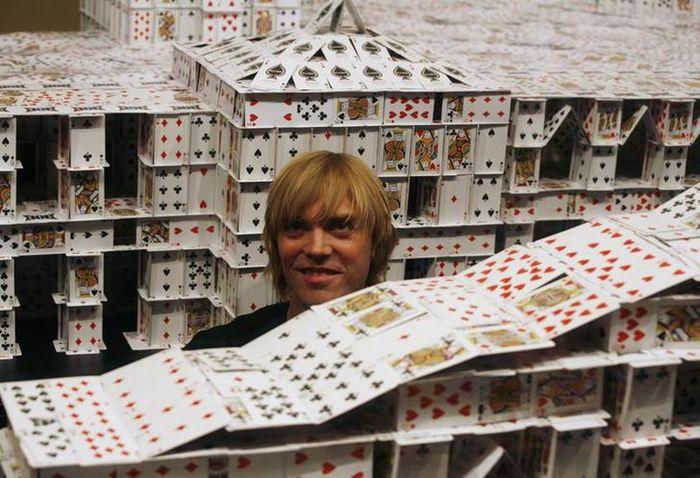 Самый большой карточный дом в