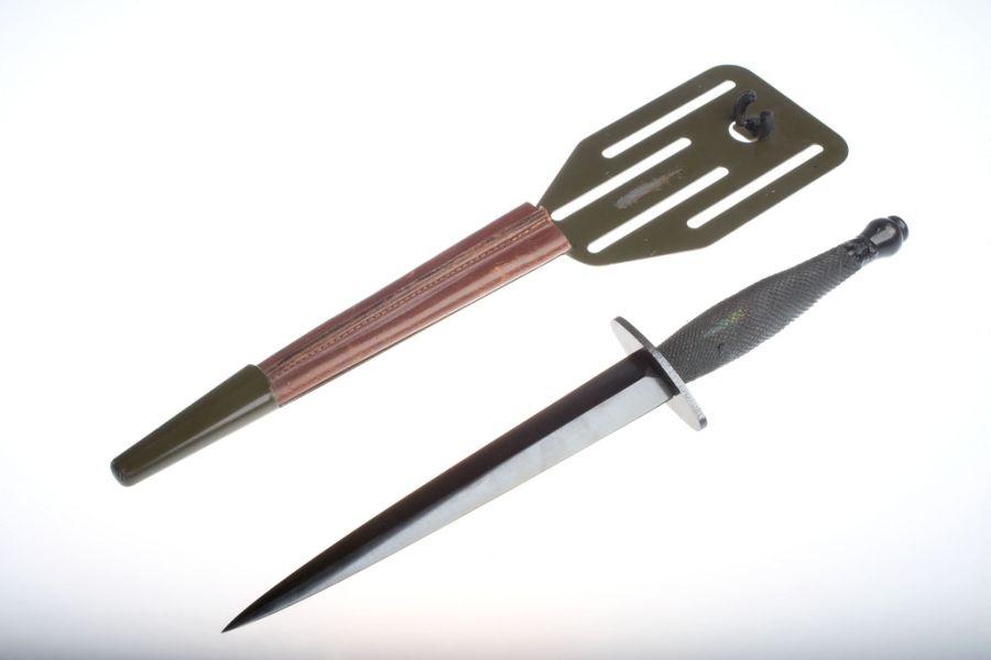 Нож-пика (Fairbairn-Sykes Fighting Knife). Специальный нож, которым можно нанести точный удар в уязвимое место противника (разработан в 1941 году)