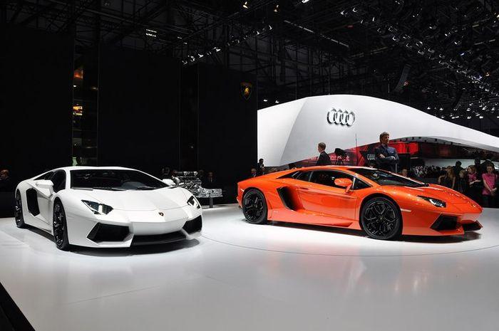 Lamborghini представили новый суперкар Aventador LP700-4 (106 фото+видео)