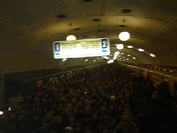 В метро сегодня (видео)