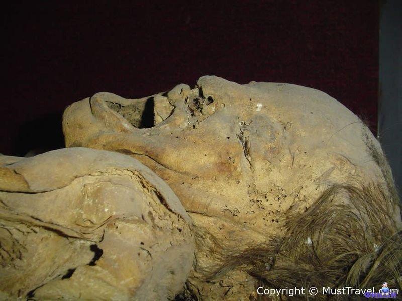 Музей мумий в Гуанахуато<br><br>В живописном городке Гуанахуато, который находится в центральной части Мексики, расположен Музей человеческого тела. Это весьма необычный музей, войти в который могут только люди с крепкими нервами. Дело в том, что в музее хранятся самые настоящие человеческие мумии. Причем это не мумии египетских фараонов или правителей ацтеков, а мумифицированные тела самых обычных людей.