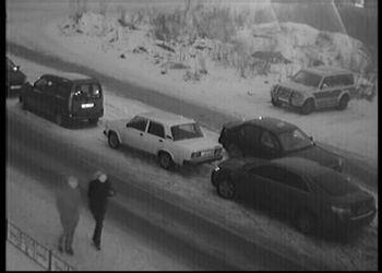 Таксист без палева слил бензин