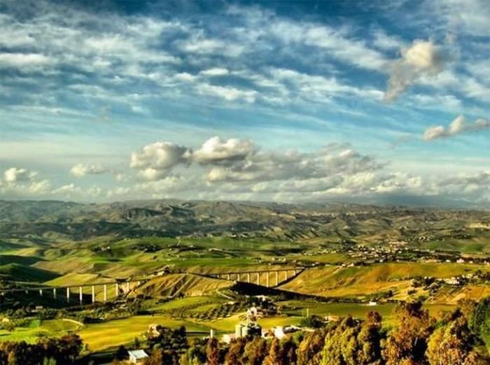 Удивительные пейзажи (22 фото)