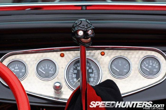 Эмблемы и шильдики американских авто (25 фото)