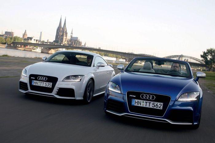 Новая Audi TT RS стала еще мощнее (60 фото)