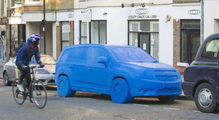 Самая большая пластилиновая авто-скульптура (8 фото)