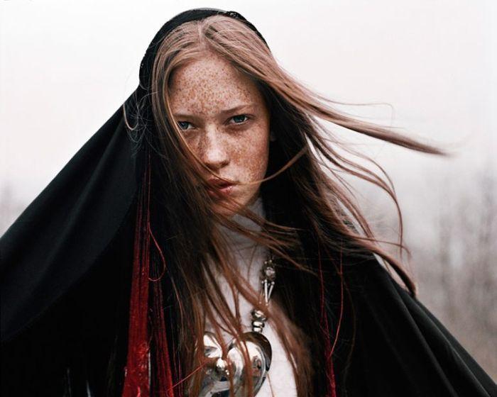 Фото красивой девушки профиль 25 лет