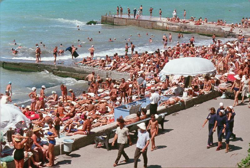 8. Пляж в Сочи