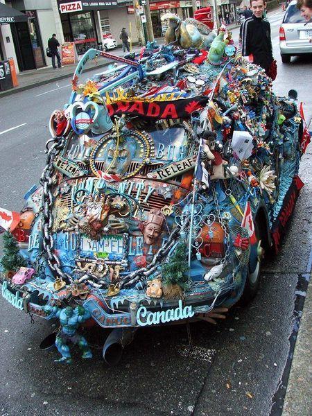 Тысяча и одна мелочь на машине:) (7 фото)