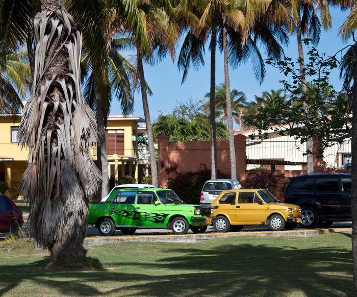 Старые и красивые авто Кубы (56 фото)