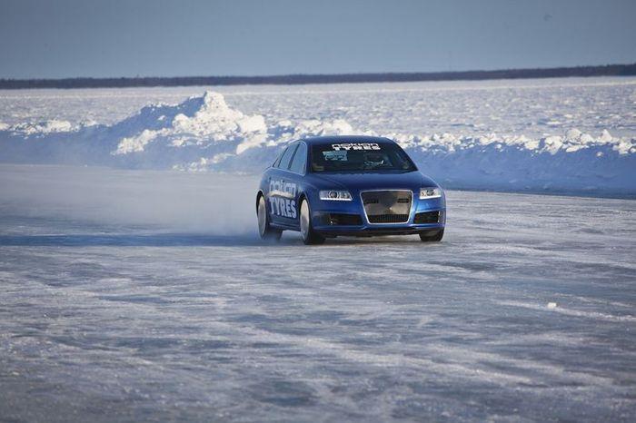Новый рекорд скорости на люду от Audi RS6 (15 фото+видео)