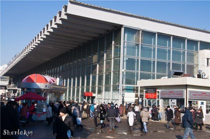 Как был Курским вокзалом, так и остался. фото 2011 года: