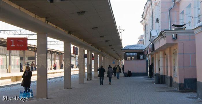 В 1972 возведено новое здание вокзала при сохранении старых внутренних помещений.Фото 2011 года: