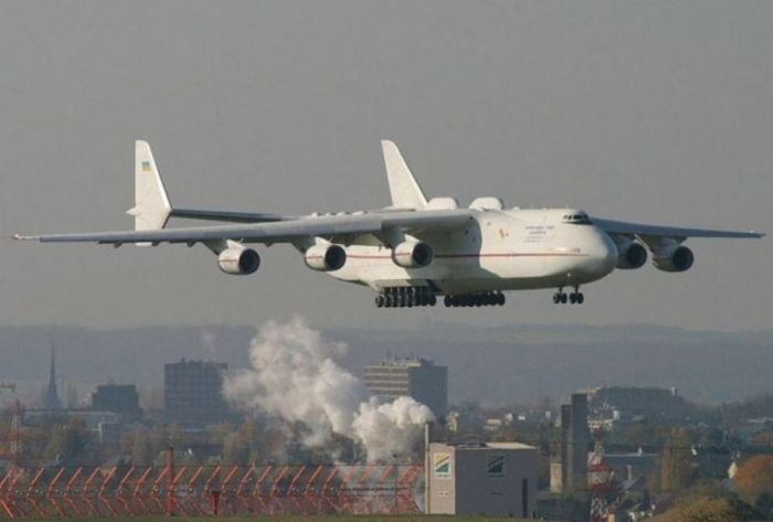 "Ан-225 ""Мрия"" (21 фото)"